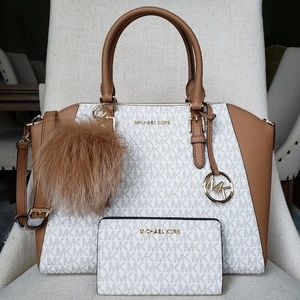 Michael Kors Ciara Bag + Wallet + Pom Vanilla set